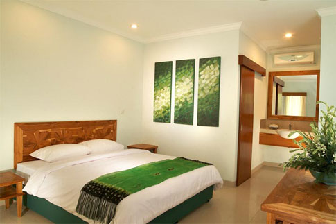 NEW ARENA HOTEL Poppies Lane I KUTA BALI Kuta Cheap Hotel Price Rp 300rb Double Bed Ac Tv Bathtub Hotshower Ada Kolam Renang